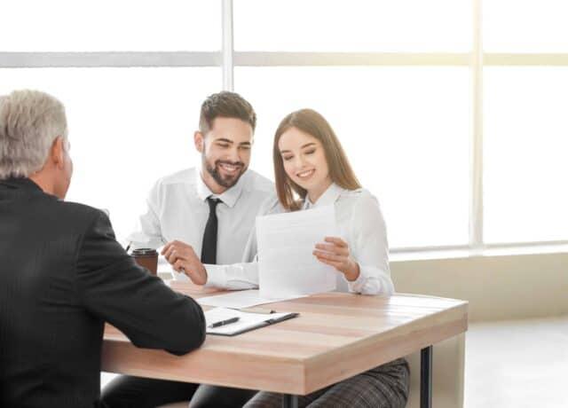 Koppel bij notaris